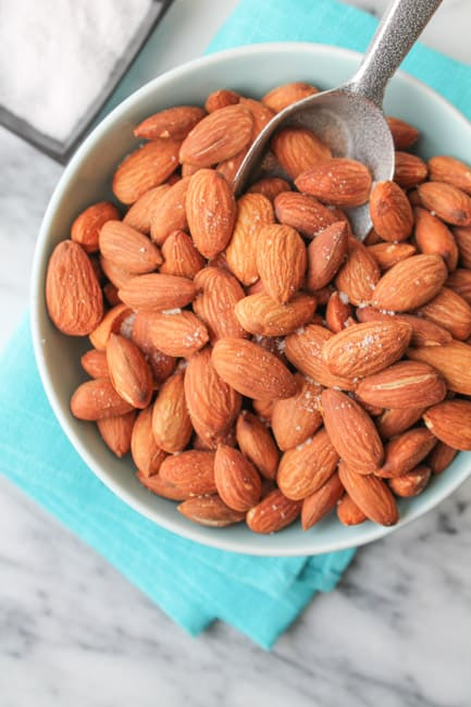 This Dry Roasted Almonds recipe is a simple, whole foods snack with some crunch. They are easy, healthy and delicious. Heat up that oven and roast yourself up a batch today! #healthy #healthyrecipes #glutenfree #snacks #healthyfood