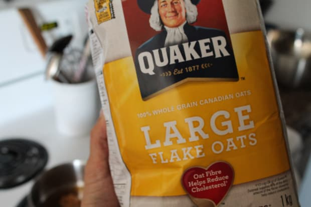 a bag of large flake oats